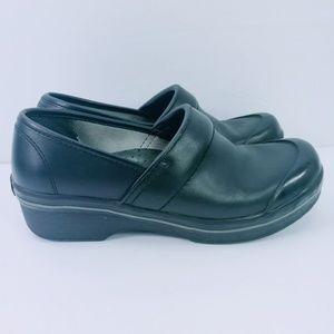 Dansko Shoes - Dansko